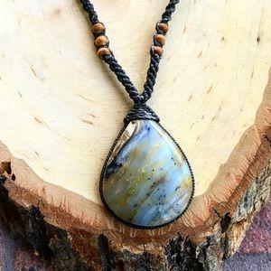 Adjustable boho agate macrame chocker necklace